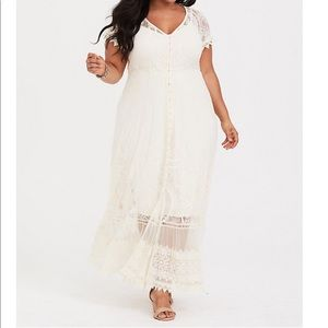 NWT torrid size 2 lace button front maxi dress